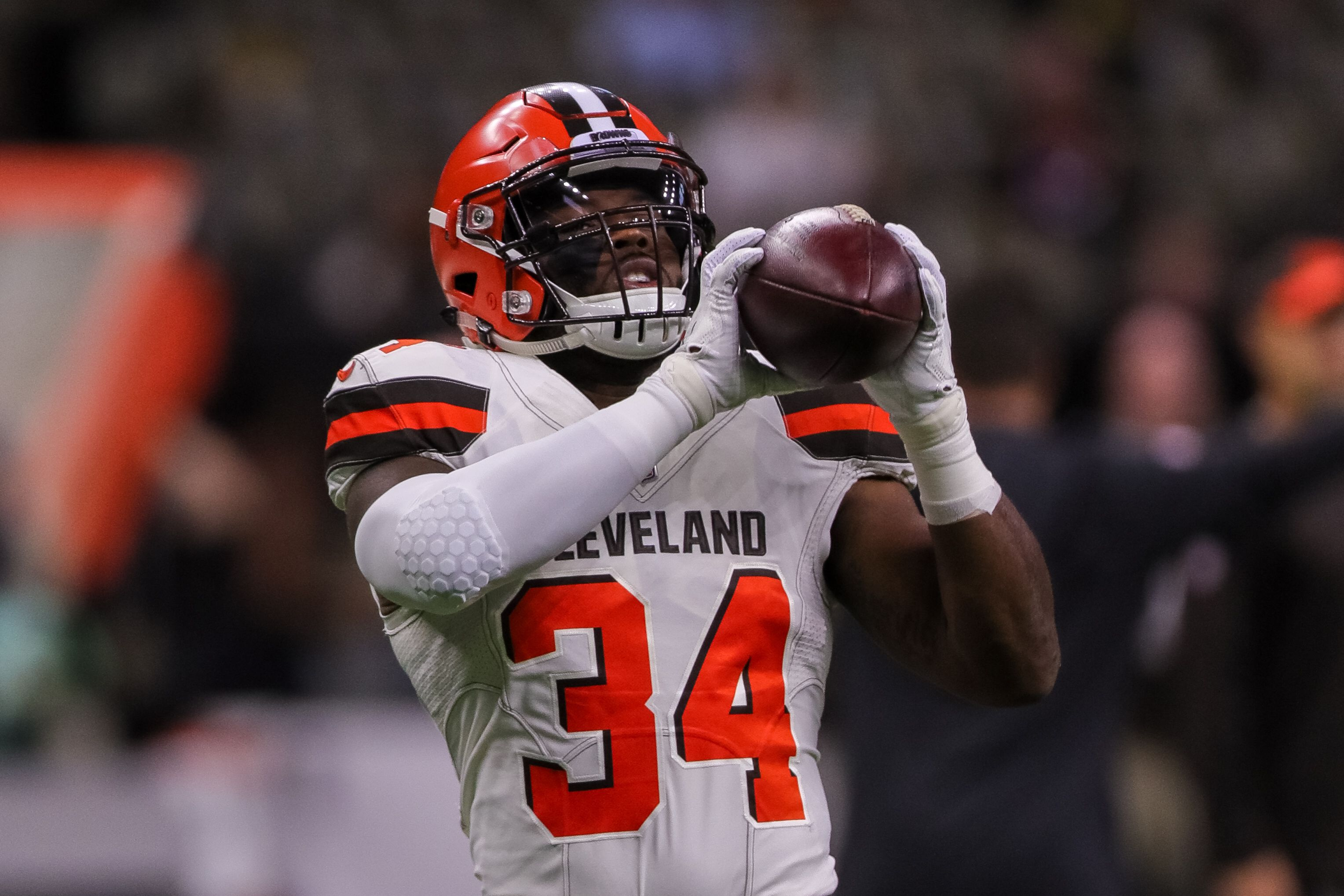 big sale 6d0c7 6e9a8 Jaguars Acquire RB Carlos Hyde from Browns